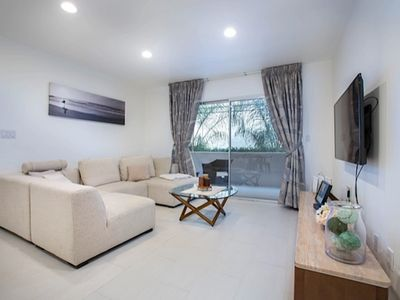 CORPORATE HOUSING/LONG TERM, Fully Furnished 2BR, 2BA Hollywood Apt With Pool