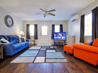 Photo for Perfect apartment for business or pleasure! - Wifi, AC