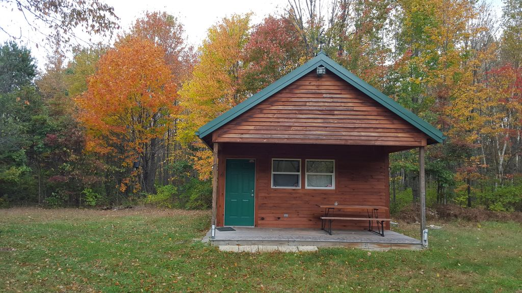 in secluded property multiple cabin northern michigan rentals cabins