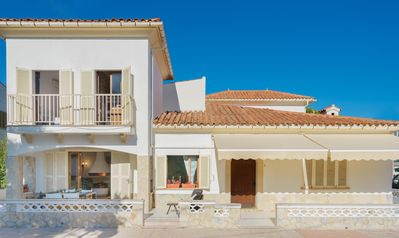 Photo for Beach holiday home just a short walk from the centre of Puerto Pollensa