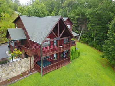 Photo for Big Sky. Beautiful Upscale cabin with mountain views, pool table and hot tub.