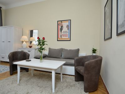 Photo for Comfy 2 Bedroom Apartment - City Center