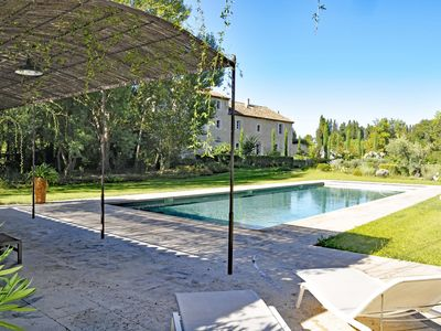 Photo for Le Mas Louis-Rose - Air conditioning - Heated pool - 6 Bedrooms - 4sdb