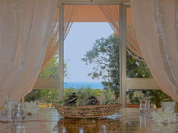Villa with sea view, 350 m from the beach, large garden: sea lido, pesculuse, Leuca