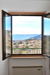 Photo for Casa Montegolo With Pool And Lake View - Apartment for 2 people in Costermano