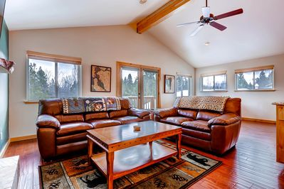 Upstairs family room with views and comfortable furnishings