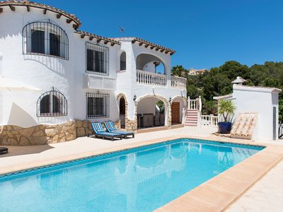 Photo for Luxury SF Villa With Sunny Private Pool, Sea Views, A/C, Free Wi-fi, Games Area