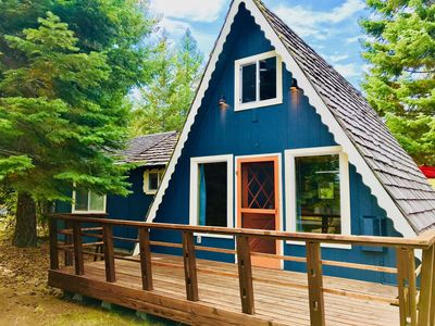 Photo for Cute, dog friendly, two story cabin near Cascade Lake