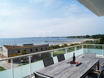 Photo for Modern and Luxury 3 bedroom penthouse apartment with sea views in direct S
