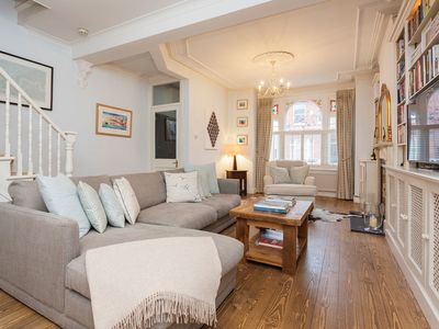 Photo for A beautiful and traditionally styled family home in affluent Fulham (Veeve)