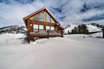 This amazing, custom-built cabin boasts 2,840 sq. ft. of living space.
