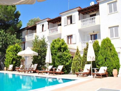 Photo for One bedroom Apartment, sleeps 3 in Kolios with Pool, Air Con and WiFi