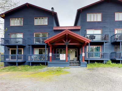 Photo for Condo w/great location at base of the mountain, near hiking, skiing & biking