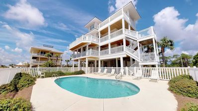 "Photo for Ready to rent now! New Listing! East End Beachside 5br/5ba, Heated Pool, Private Boardwalk, Elevator, 3 Suites! ""We're Here"""