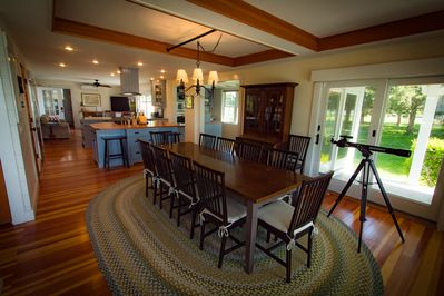 Full Dining Room available