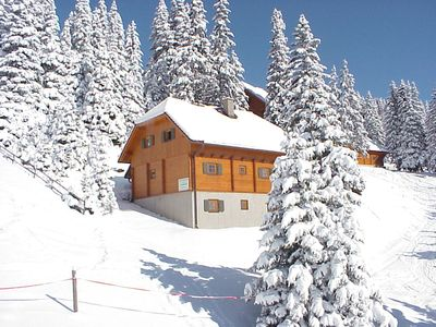 Photo for Mountain cabin for 14 persons directly at skiing slope