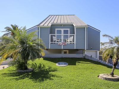 Photo for Blue Abyss canal front home 3 bedrooms, 2 full and 2 half baths, sleeps 14!
