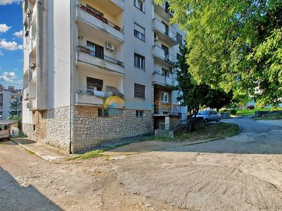 Photo for Apartment 1951/24841 (Istria - Pula), Budget accommodation, 2000m from the beach