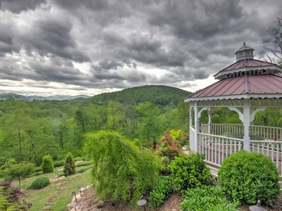 Photo for Dogwood Ridge -Franklin Cottage w/Fire Pit & Views