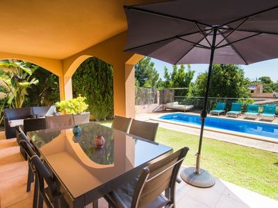 Photo for Wonderful holiday home with pool and near the sea