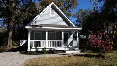 Photo for The Beaufort Cottage, Beaufort SC, Walk to Downtown Shops & Restaurants!