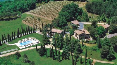 Photo for Casa Acacia, an ancient tower immersed in the green hills of San Gimignano