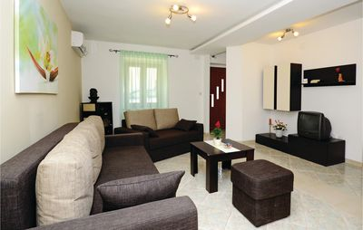 Photo for 3 bedroom accommodation in Kavran
