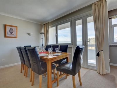 Photo for Apartment Metropole Court in Brighton - 6 persons, 3 bedrooms