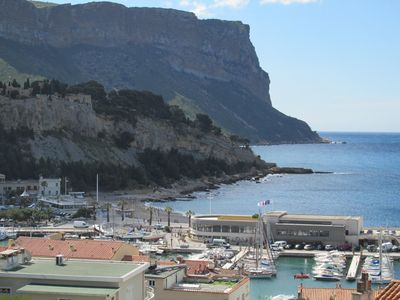 Photo for Cozy T2 with superb view in the heart of CASSIS close to the port