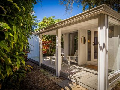 *The Peaceful Enchanted Cottage in Coconut Grove*