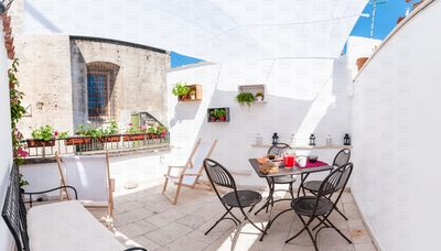 Photo for Independent holiday home with terrace in the heart of Monopoli