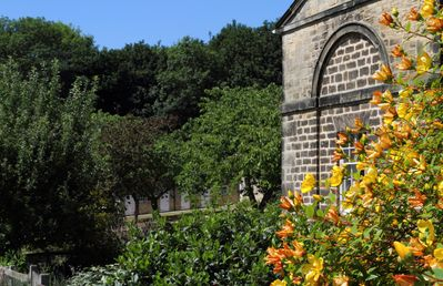 Photo for Luxury cottage stay on Harewood House Estate