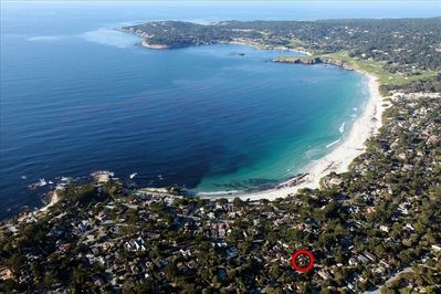 Great location, 3 blks to Carmel Beach, 4 blks to Carmel River, 3/4 mile village
