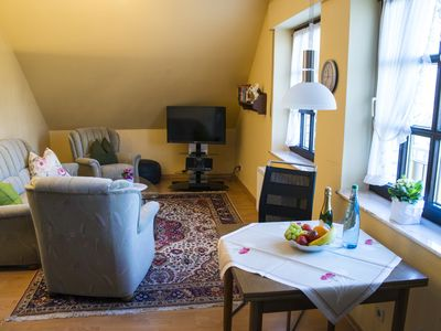 Photo for Quiet comfort apartment in top location with park view for 2 persons.