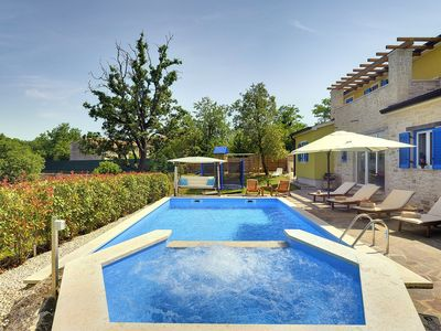 Photo for Fantastic villa with private pool, whirlpool, gym, air conditioning, WiFi, terrace, BBQ, sauna and a children's playground