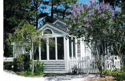 Photo for 3BR Cottage Vacation Rental in Mashpee, Massachusetts