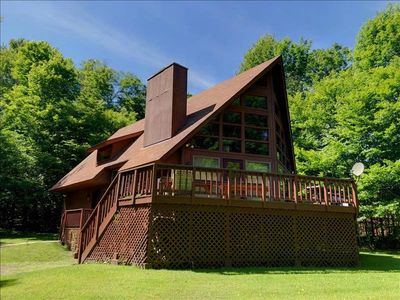 Photo for Visit this mountain Chalet w/ Outdoor Fire pit, Pool Table, 1 minute to Mirror Lake! Sleeps up to 10!