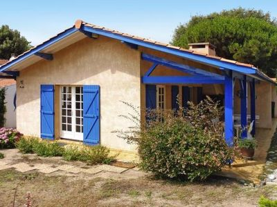 Photo for holiday home, Soulac-sur-Mer  in Gironde - 6 persons, 3 bedrooms