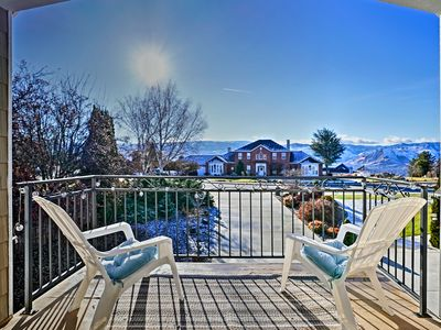 Photo for East Wenatchee Apt - 2 Miles from Columbia River!