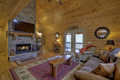 Big living room with gas fireplace