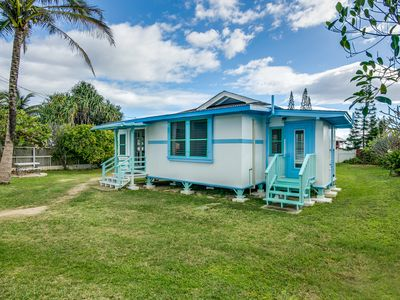 Photo for Beach Bungalow  in Laie with AC!