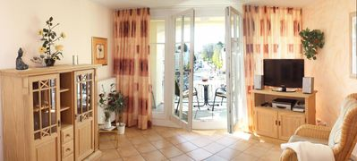 Photo for Spacious apartment in a central location near the beach and city forest - including two bicycles and a beautiful sheltered balcony