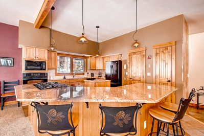 Bright and spacious kitchen  - with additional bar seating