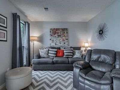 Photo for 1 Bedroom/ 1 Bath condo with lots of amenities!