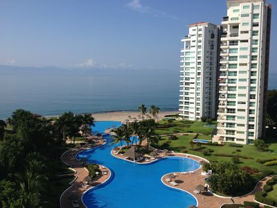 Photo for Gorgeous Finely Decorated 4BR/4BA Condo in Exclusive Shangri-La