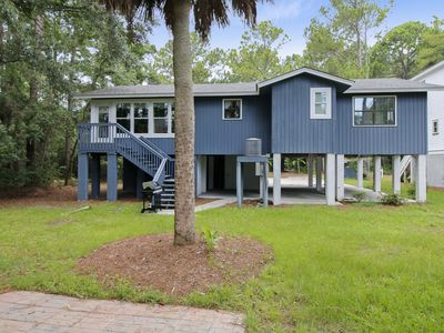 Photo for This 3 bedroom, 2 bathroom home in Singleton Beach is the epitome of Lowcountry