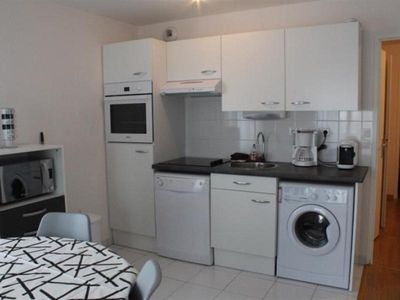 Photo for Apartment Fort-Mahon-Plage, 2 bedrooms, 6 persons