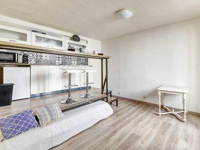 Photo for Cosy studio with AC at the heart of the Old City of Avignon - Welkeys