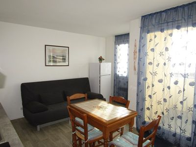 Photo for Nice appartment ocean facing, 1 bedroom and 1 sleeping area, 4 people, Lacanau Ocean