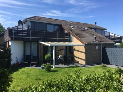 Photo for Quiet holiday house with pond view - about 500m to Grevelingen beach